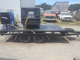 MOBILE DUSTLESS BLASTING TRAILER - picture1' - Click to enlarge