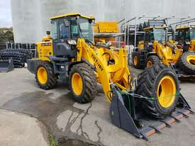 NEW VICTORY VL200XL WHEEL LOADER - picture0' - Click to enlarge
