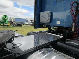 Kenworth T909 Primemover Truck - picture10' - Click to enlarge