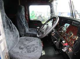 Kenworth T909 Primemover Truck - picture16' - Click to enlarge