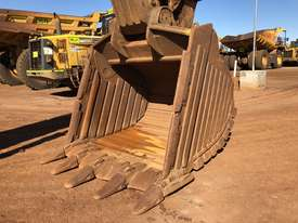 Komatsu PC1250-7 Excavator - picture15' - Click to enlarge