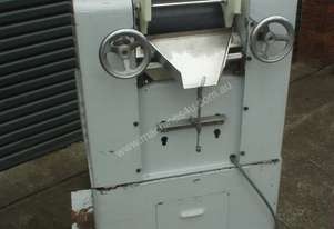 F B LEHMANN 3 Roll Mill