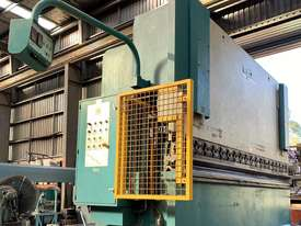 ADIRA Press Brake  150T x 4.0m - picture1' - Click to enlarge