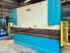 ADIRA Press Brake  150T x 4.0m - picture2' - Click to enlarge