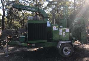 Bandit woodchipper  new 1890xp 230 hp 1450hrs big engine and infeed, 5.2 tonne air brakes landclears