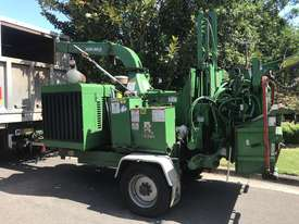 Bandit woodchipper  new 1890xp 213 hp 1450hrs big engine and infeed, 5.2 tonne air brakes landclears - picture0' - Click to enlarge