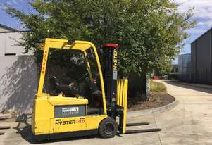 2.0T Battery Electric 3 Wheel Forklift