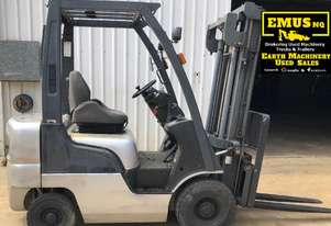 Nissan 1.8ton Forklift, 2 stage wide mast. EMUS MS464A