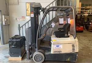 Crown   Container Mast Forklift