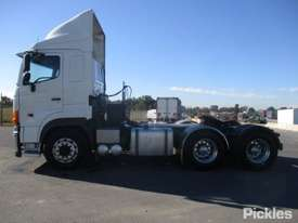 2011 Hino SS1E - picture4' - Click to enlarge