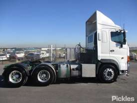 2011 Hino SS1E - picture8' - Click to enlarge