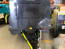 Airman Portable Diesel Air Compressor: PDS400SC-6B5-T - picture2' - Click to enlarge