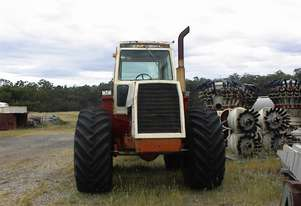 Case Tractor   2470 4WD