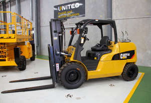 Caterpillar CAT 5.0T LPG Forklift GP50N