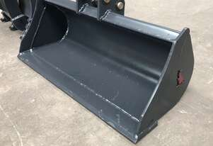 Roo Attachments 0.8-1.0T Mud Batter Bucket 900 mm