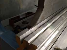 PRESSBRAKE HYDRAULIC NC - BEST PRICES GUARANTEED  - picture11' - Click to enlarge