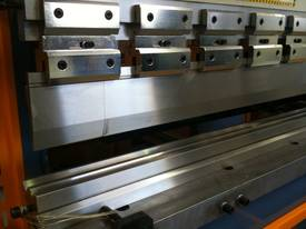 PRESSBRAKE HYDRAULIC NC - BEST PRICES GUARANTEED  - picture7' - Click to enlarge