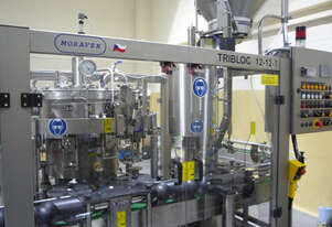 Moravek   12/16/1 Bottle Filler