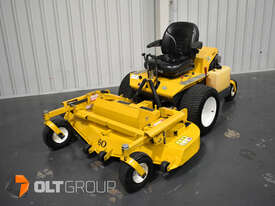 Walker MBSSD Zero Turn Mower 27hp Petrol Engine 60 Inch Side Discharge Deck 781 Hours - picture0' - Click to enlarge