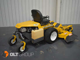 Walker MBSSD Zero Turn Mower 27hp Petrol Engine 60 Inch Side Discharge Deck 781 Hours - picture1' - Click to enlarge