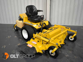 Walker MBSSD Zero Turn Mower 27hp Petrol Engine 60 Inch Side Discharge Deck 781 Hours - picture2' - Click to enlarge
