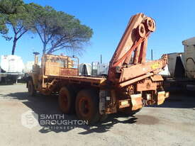 1980 MACK 6X4 CRANE TRUCK - picture2' - Click to enlarge