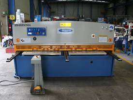 SM-SBHS2504 2500mm X 4.0mm Heavy Duty Model. - picture0' - Click to enlarge