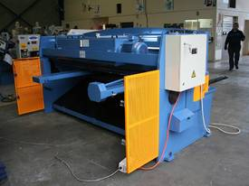 SM-SBHS2504 2500mm X 4.0mm Heavy Duty Model. - picture15' - Click to enlarge
