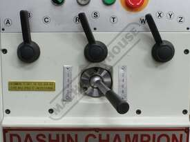 DASHIN CHAMPION 1550 Centre Lathe 390 x 1250mm Turning Capacity - 55mm Spindle Bore Includes Digital - picture12' - Click to enlarge