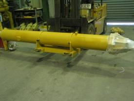 Caterpillar 651 Ejector Cylinder Group