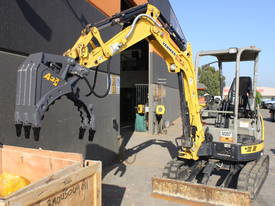 HYDRAULIC GRAPPLE - picture6' - Click to enlarge