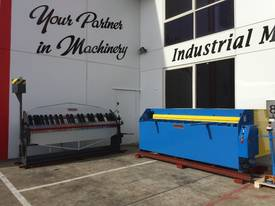 STEELMASTER 2500MM X PANBRAKE GUILLOTINE COMBO - picture3' - Click to enlarge