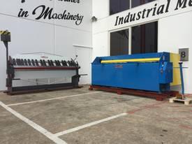 STEELMASTER 2500MM X PANBRAKE GUILLOTINE COMBO - picture1' - Click to enlarge