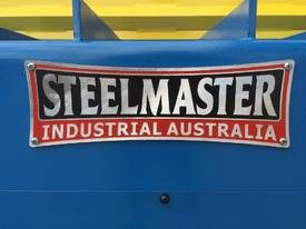 STEELMASTER 2500MM X PANBRAKE GUILLOTINE COMBO - picture16' - Click to enlarge