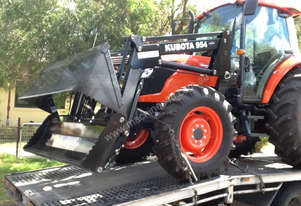 KUBOTA M SERIES AIR CABIN FREE LOADER 4 IN1 BUCKET