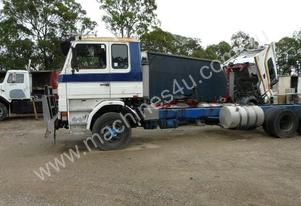 SCANIA'S X 4 WRECKING DISMANTLING