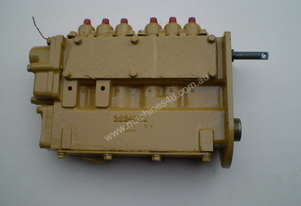 Injector Pump & Oil Pump to Suit D8 Cat