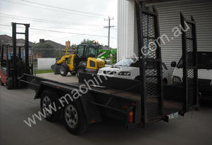 Tow Pax TANDEM BOX TRAILER WITH RAMPS