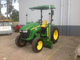 John Deere laser grader tractor hire - picture0' - Click to enlarge