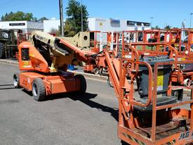 JLG E400 AJP  ARTICULATING BOOM/ ELECTRIC KNUCKLE  - picture2' - Click to enlarge