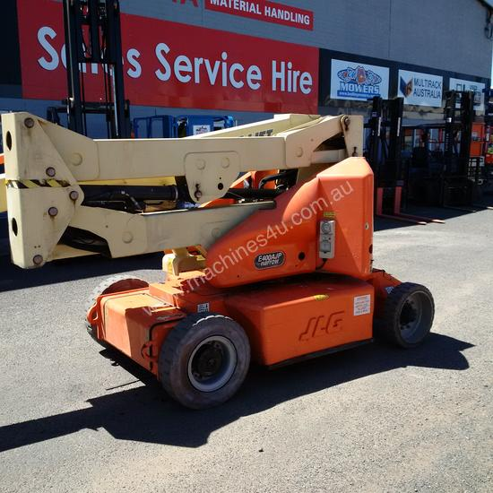 JLG E400 AJP  ARTICULATING BOOM/ ELECTRIC KNUCKLE