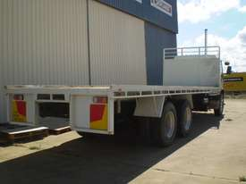 Isuzu FVZ1400 Tray Truck - picture3' - Click to enlarge