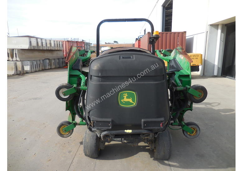 John Deere 1600 Wide Area Mower