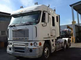 FREIGHTLINER ARGOSY FLH Full Truck wrecking for parts to be sold - Top Quality great value  - picture3' - Click to enlarge