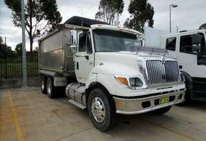 International 7600 Tipper Truck
