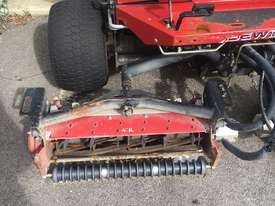 Toro Reelmaster 3100-D Front Deck Lawn Equipment - picture3' - Click to enlarge