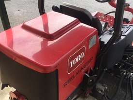 Toro Reelmaster 3100-D Front Deck Lawn Equipment - picture6' - Click to enlarge
