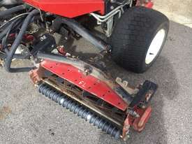 Toro Reelmaster 3100-D Front Deck Lawn Equipment - picture7' - Click to enlarge