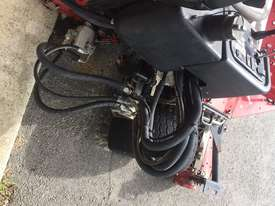 Toro Reelmaster 3100-D Front Deck Lawn Equipment - picture5' - Click to enlarge
