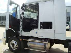 Iveco Powerstar 6400 Primemover Truck - picture1' - Click to enlarge